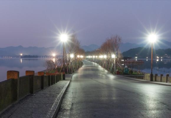 四川現代庭院燈