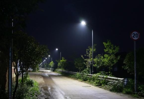 四川農村路燈